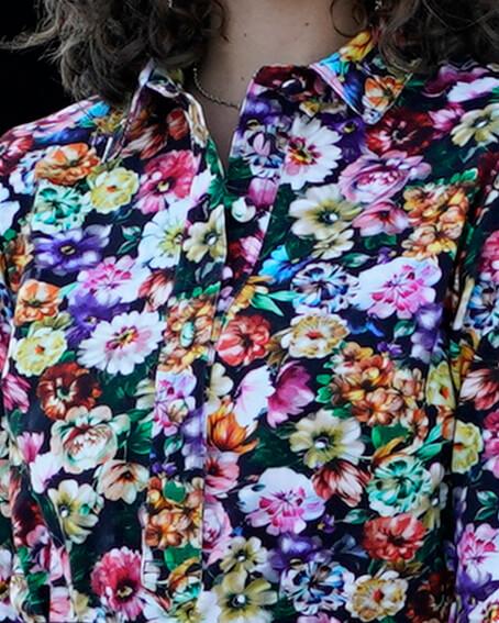 Blomstret skjortekjole