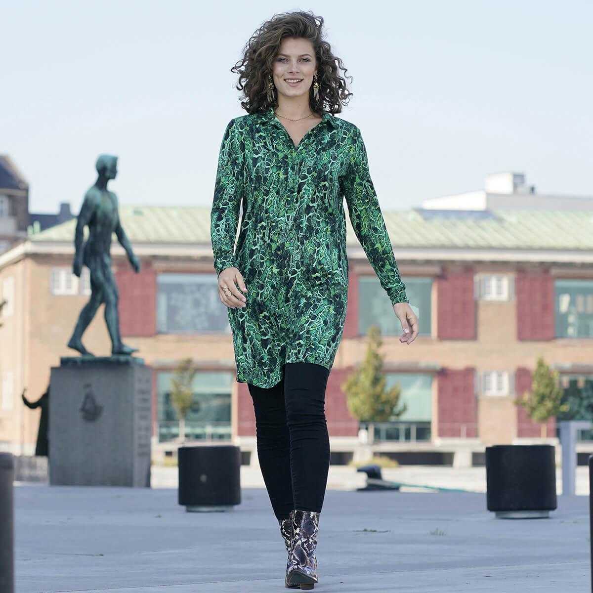 Grøn skjortekjole bæredygtighed